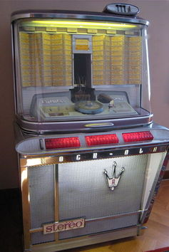 Juke-box Cools - Empress - Model 1497